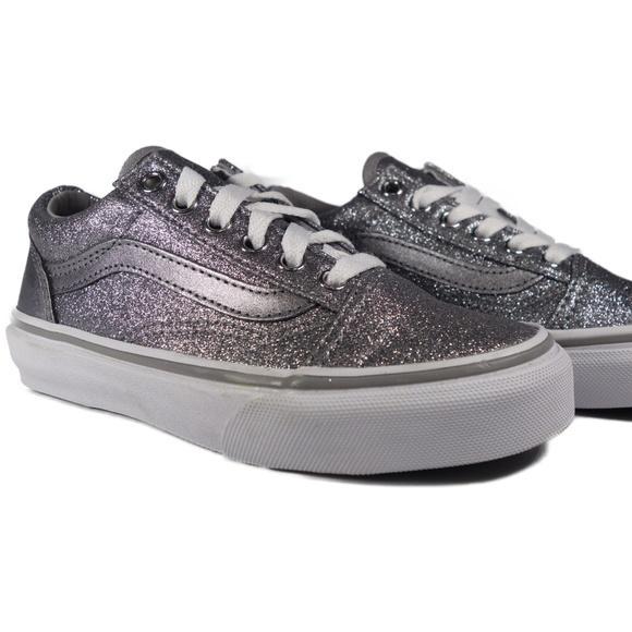 Vans Other - VANS Old Skool Glitter Metallic (Grey / White)